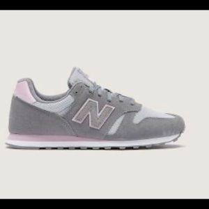 New balance ladies sneakers